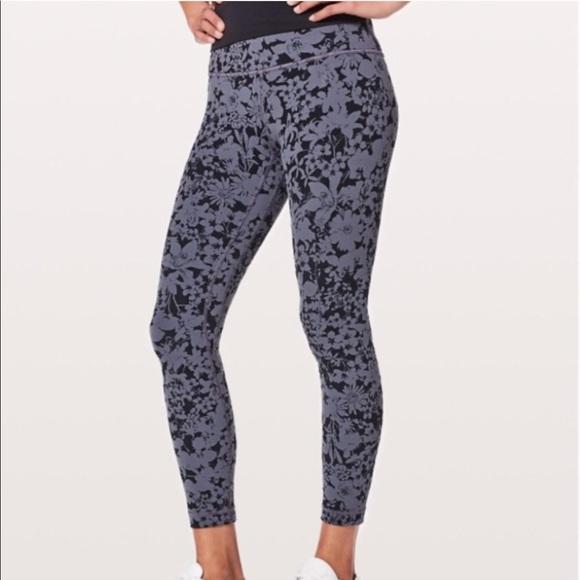 45ea6777f1 lululemon athletica Pants - Align Pant 7/8 in Efflorescent Nebula Black  size 6